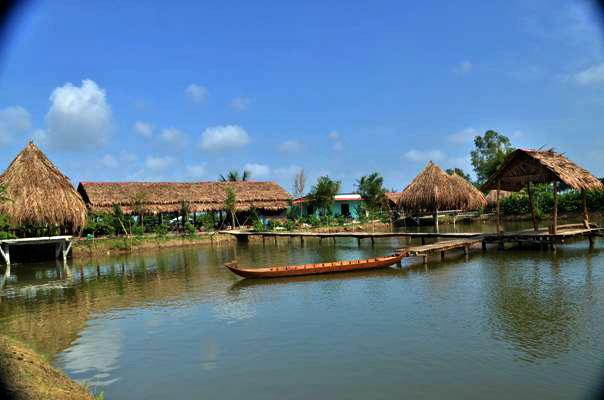 zone-du-tourisme-écologique-bảy-tiễn-–-une-destination-idéale