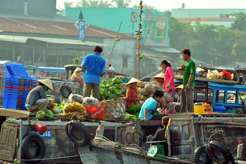 marché-flottant-cai-rang